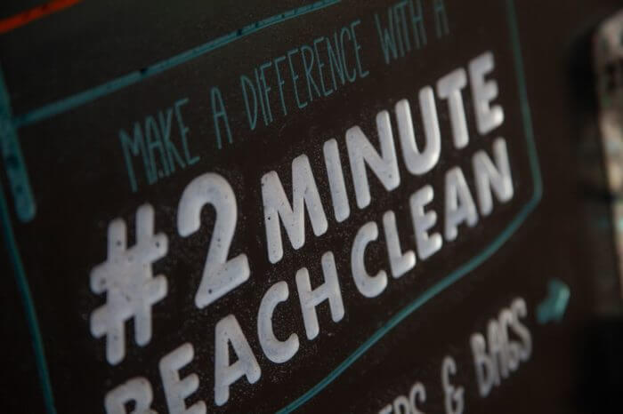 #2MinuteBeachClean boards